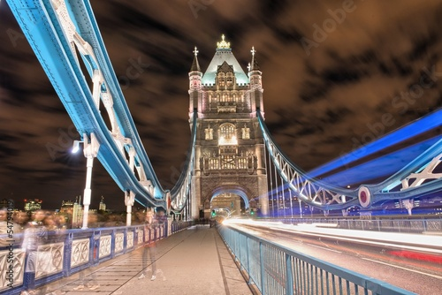 Keuken foto achterwand Noord Europa London, UK. Amazing view of famous Tower Bridge after sunset