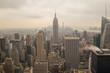 Wolkenkratzer Skyline von New York im Nebel