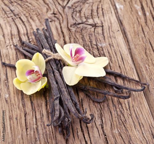 laski-waniliowe-z-kwiatkiem-wanilli