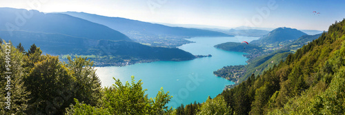 Keuken foto achterwand Bergen Panoramic view of the Annecy lake from Col du Forclaz