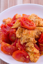 Fried Egg With Tomato, Asian Style
