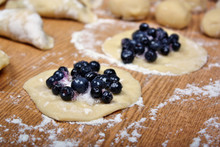 Dumplings Blueberries