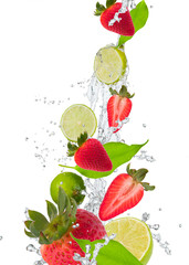 NaklejkaFresh fruit in water splash