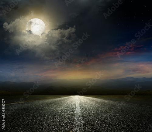 Poster Pleine lune asphalt road