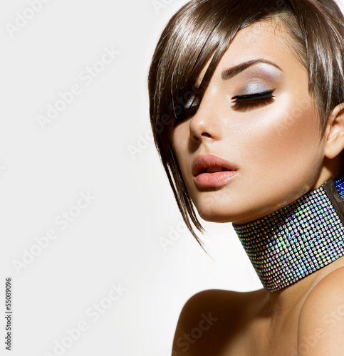 fashion-beauty-girl-gorgeous-woman-portrait