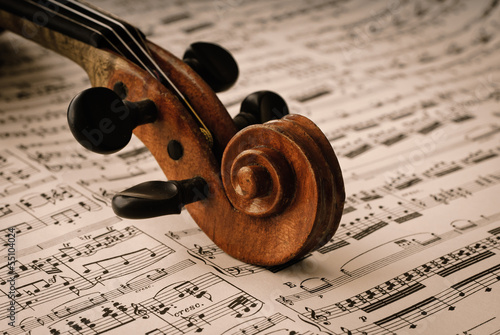 fototapeta na lodówkę Szczegółowo einer alten Geige