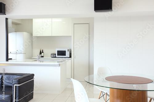 キッチンとリビング Poster