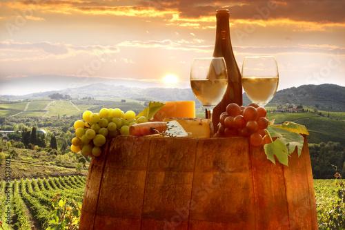 Deurstickers Toscane Vine landscape in Chianti, Italy