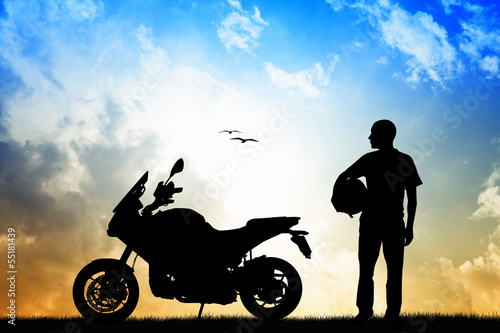 La pose en embrasure Motocyclette man motorcyclist