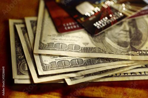 Papiers peints Affiche vintage Credit cards and dollars in cash