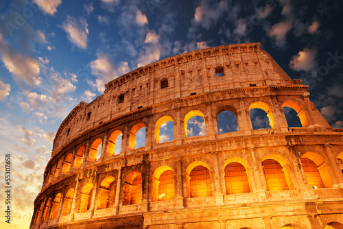 Foto op Aluminium Rome Wonderful view of Colosseum in all its magnificience - Autumn su
