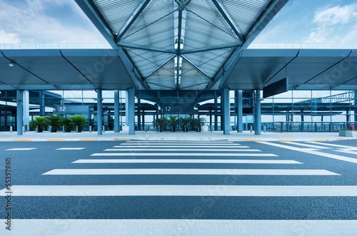 Staande foto Luchthaven Shanghai Hongqiao Airport Terminal