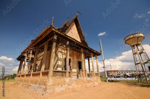 Fotografia, Obraz  dilapidated Monastery im Thailand temple