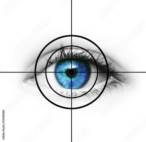 oko-w-celowniku