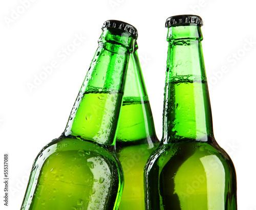 butelki-odizolowywac-na-bielu-piwo