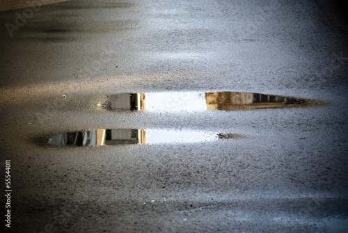 Carta da parati rain puddle