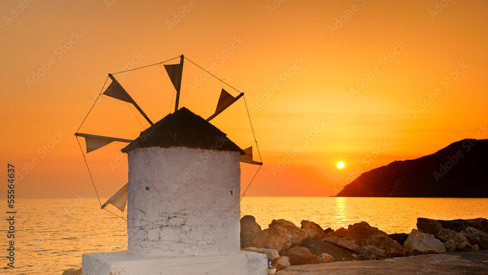 Fototapeta Sunset on Amorgos, Cyclades, Greece