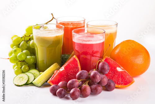 Keuken foto achterwand Sap Fresh fruits, vegetables and juice
