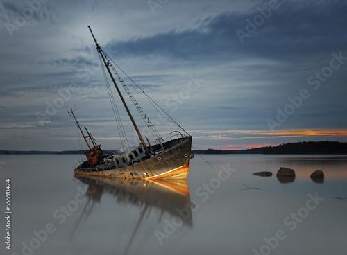 Photo Stands Shipwreck Ship wreck