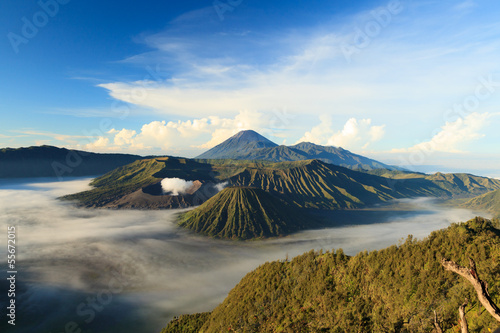 Staande foto Indonesië Bromo Mountain in Tengger Semeru National Park at sunrise, East