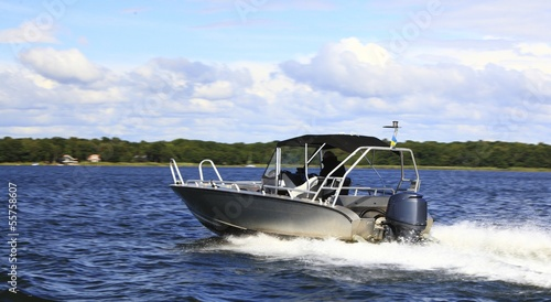 Foto op Aluminium Water Motor sporten motor fast boat in baltic sea power boating