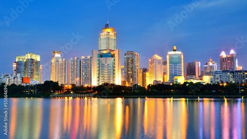 Foto  Beautiful night scenery of Nanhu Park