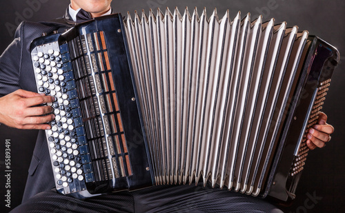 Fotografia, Obraz Playing the accordion