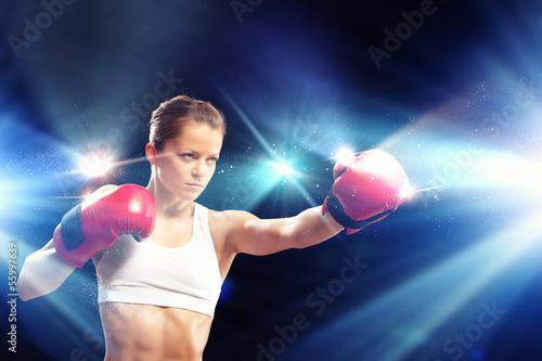 Foto-Schmutzfangmatte - Young boxer woman (von Sergey Nivens)