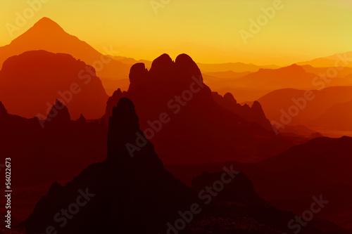 Poster Algérie Sunrise in Sahara Desert, Hoggar mountains, Algeria