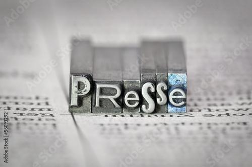 Presse Wallpaper Mural
