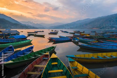 Photo sur Toile Népal Fewa Lake