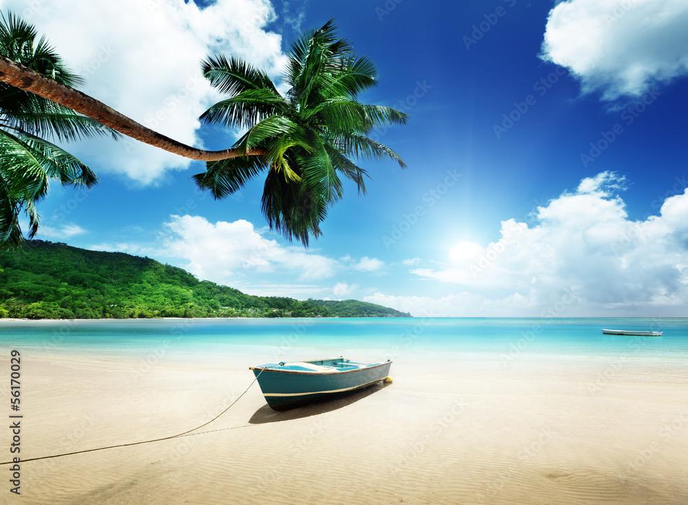 Fototapeta boat on beach Mahe island, Seychelles