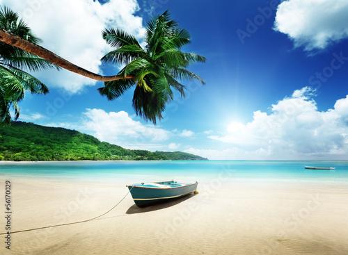 Foto-Kissen - boat on beach Mahe island, Seychelles