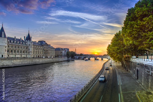 Spoed Foto op Canvas Parijs Sunset landscape in Paris