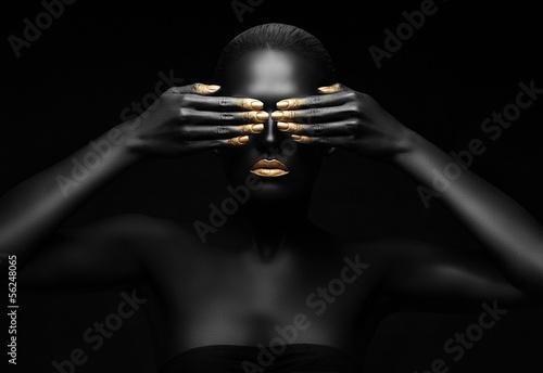 Obraz black pearl - fototapety do salonu