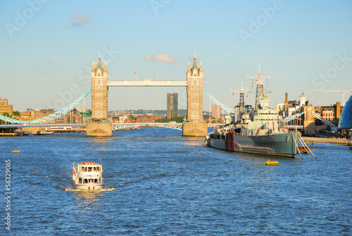 Fotografie, Tablou London Tower Bridge and river Thames in the evening light