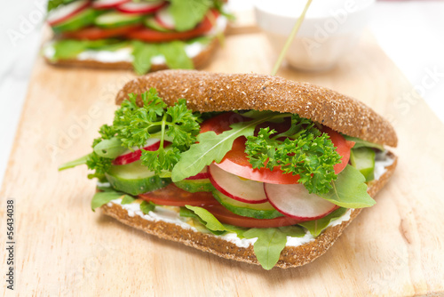 Foto op Canvas Snack Healthy food, sandwich with cottage cheese, greens and vegetable