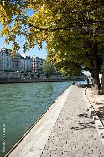 Photo quai de Seine à Paris ile de la cité