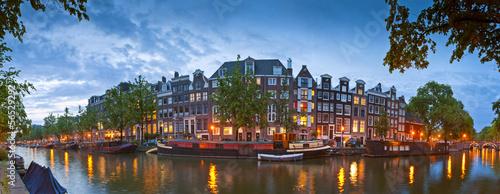 Ingelijste posters Amsterdam Amsterdam tranquil canal scene, Holland