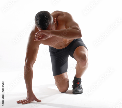 Photo Hombre atleta deportista agotado.corredor decepcionado.