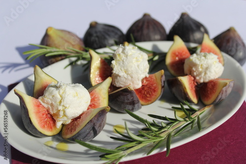 Valokuva  figues farcies, dessert, figs, fromage, cheese