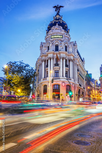 In de dag Madrid Rays of traffic lights