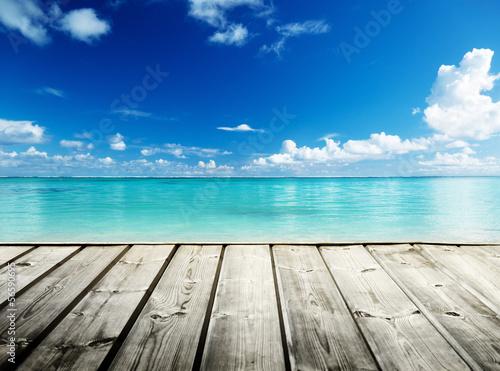 Foto auf Gartenposter Strand Caribbean sea and wooden platform