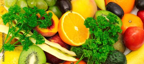 swieze-zdrowe-owoce-i-warzywa-witaminy