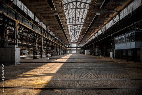 Foto auf AluDibond Bahnhof Industrial interior of an old factory