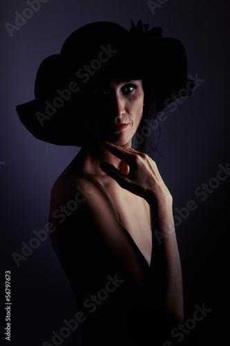 Recess Fitting womenART mature sensuality woman