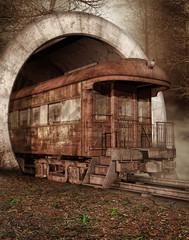 Fototapeta na wymiar Stary pociąg w tunelu