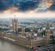 London, UK. Houses Of Parliame...