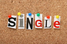 The Word Single On A Cork Notice Board