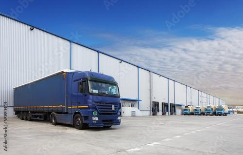 Staande foto Industrial geb. Truck at warehouse building
